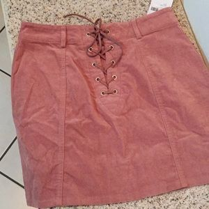 Medium skirt velvet with suede strap